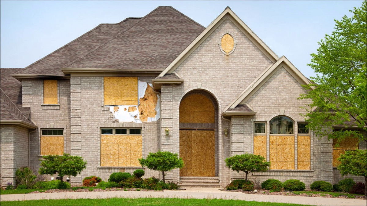 Cheap objects from foreclosures
